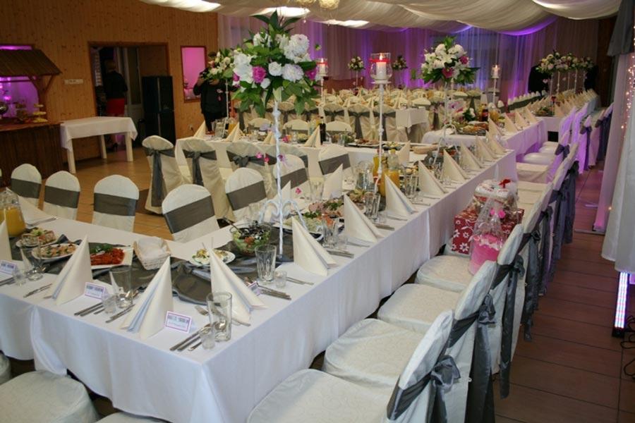 Piękna sala weselna w Ośrodku Wypoczynkowym Łabędzi Ostrów